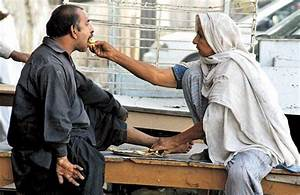 The Islam Awareness Blog: Hadith of the Day: Loving the Poor