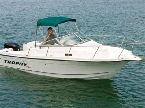 Where Are Trophy Boats Made by 2007 Trophy Pro 2002 Walkaround Powerboat For Sale In New York