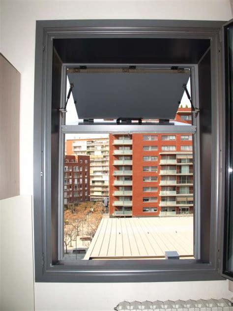 vertical folding sliding metallic shutters  map