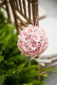 Boule De Rose : boules de fleurs faire soi m me d co de mariage tendance boutik ~ Teatrodelosmanantiales.com Idées de Décoration