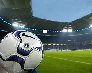 Soccer Players Wallpapers: Soccer Wallpaper