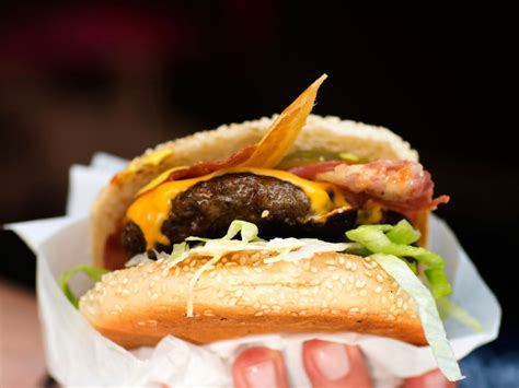 Best Burger New York by Best Burgers In New York City