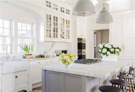 classic coastal style kitchen design home bunch interior design ideas