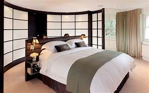 calm, contemporary, bedroom, in, neutral, and, chocolate, colours