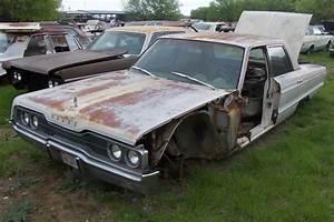 1966 Dodge Polara Parts Car 1