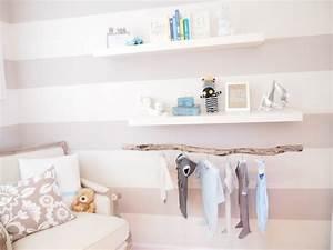 peinture chambre bebe les couleurs pastel et leur charme With chambre bébé design avec noeud papillon fleuri bleu
