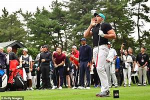 Tiger Woods loses out to Jason Day as Australian scoops ...