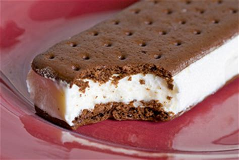 national ice cream sandwich day aug