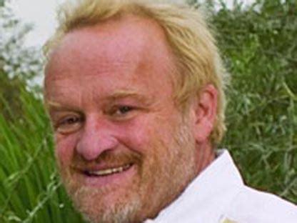 British celebrity chef caught shoplifting food   CP24.com