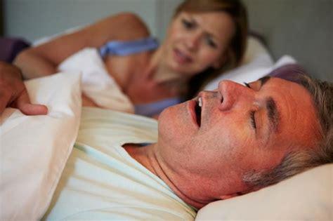 Heavy Snoring, Sleep Apnea Linked To Earlier Cognitive