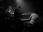 """Ryan Adams & The Cardinals """"Magnolia Mountain"""" Live La ..."""