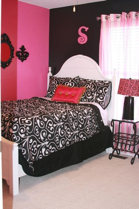 Room Decorating Ideas For 18 Year Olds by 9 Year Pink And Black Room Room