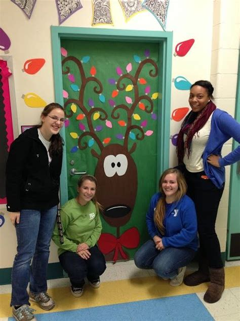 decorating an elementary school for christmas door decorating contest winners door decorating contest apex elementary