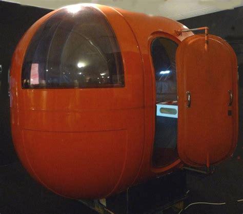 1969 le bureau g 233 lule de alain charrier 233 dit 233 par les plastiques de bourgogne futuristic