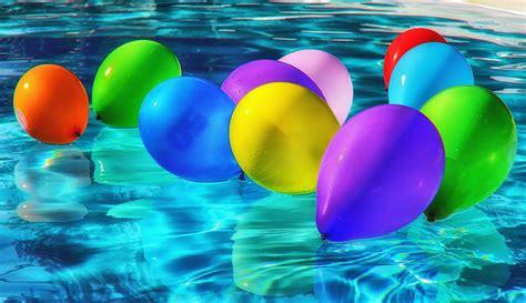 image libre piscine colore ballon eau reflexion ete