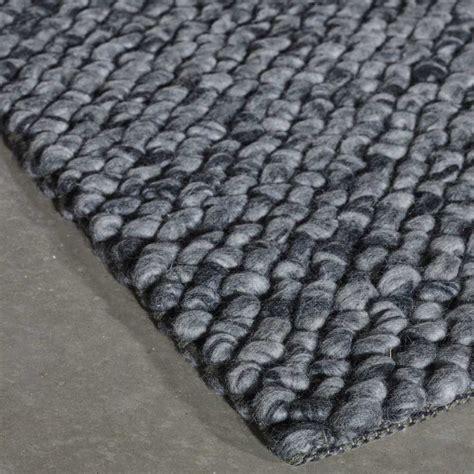 tapis prestige gris en laine waves par angelo
