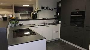 Küchen Mit Glasfront : next125 musterk che moderne k che mit glasfront ausstellungsk che in tholey theley von ~ Watch28wear.com Haus und Dekorationen