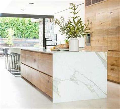 grande cuisine ouverte cuisine verrière 12 cuisines lumineuses ouvertes sur le