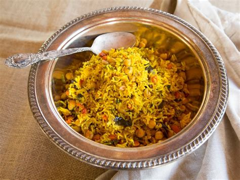 Now comes the special step which makes this dish taste different from rest of the common rice recipes. Middle Eastern Roasted Vegetable Rice - Healthy Vegan Dish