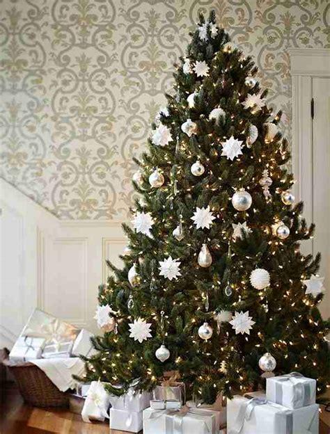 spruce  snowflakes christmas tree decorating ideas