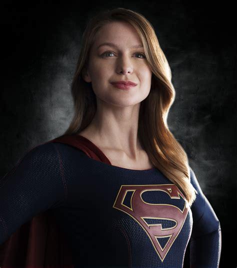 photo supergirl costume melissa benoist   cbs
