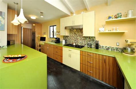 green countertops kitchen how to pair countertops and backsplash the interior 1364