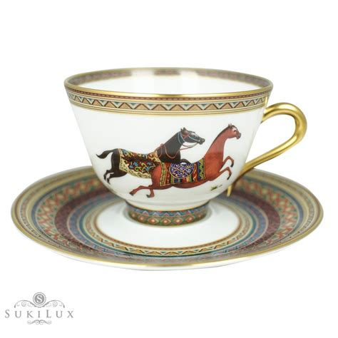 The cookie department markets a line of functional. Hermès Cheval D'Orient Tea/ Coffee Pot and Cups Set - SukiLux