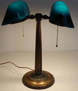 Antique emeralite banker39s lamp for sale at 1stdibs for F k a table lamp