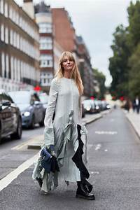 Best Street Style Looks of LFW Spring 2018 | The Fashion Medley