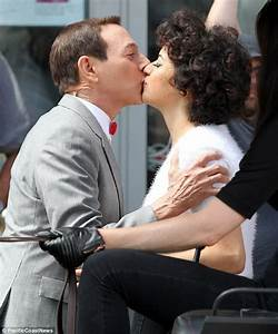 Paul Reubens exposes tape on back of his neck while ...
