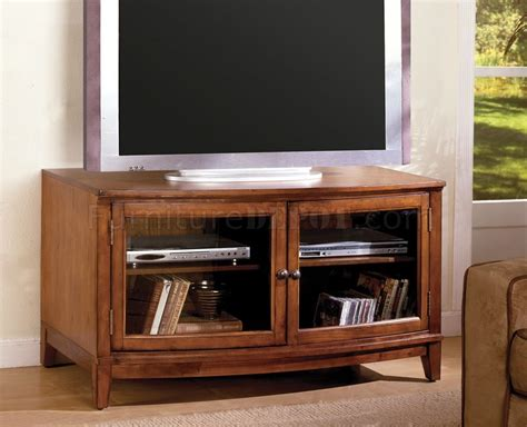 Cm5826n Huntington Tv Console In Antique Style Oak Antique Wall Mirror Sapphire Rings For Sale Shops In Atlanta Ga Marble Sink Bronze Horse Statue Rustic Furniture French Fireplace Mall Cincinnati