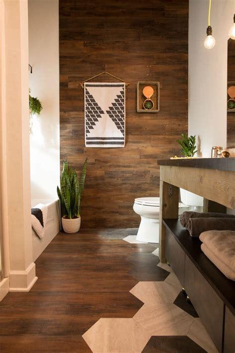 bathroom makeover blogger  builder grade bathroom