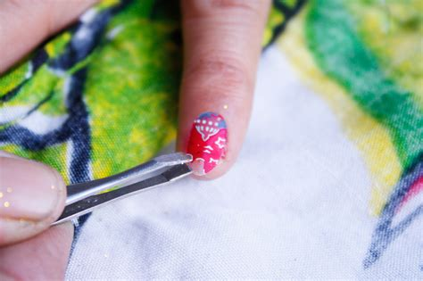 how to decorate nails 3 ways to decorate your nails wikihow