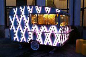 de alzua caravane chic milan italie With exposition d une maison 7 la caravane meert artom atelier