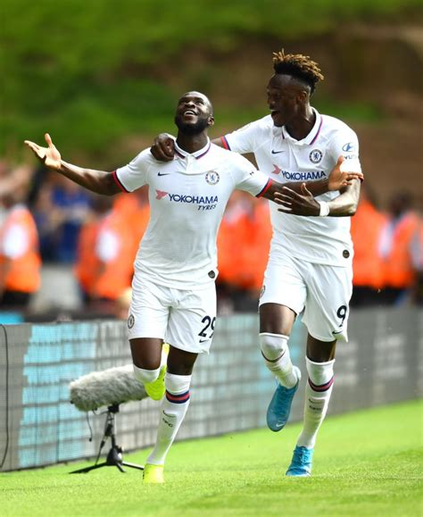 Rennes play hardball with Chelsea over Edouard Mendy, want ...