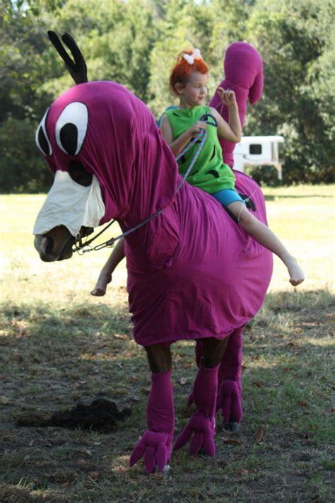 costumes  prove horses  win  halloween