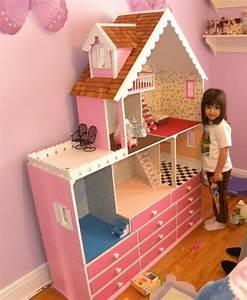 Puppenhaus Für Barbie : puppenhaus spielzeug und kunstwerk ~ A.2002-acura-tl-radio.info Haus und Dekorationen