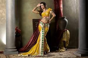 SRK Fashion Photo Indoor Studio Shoot of Saree | SRK Creative