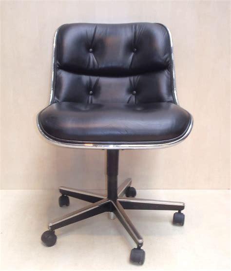 bureau cuir design fauteuil de bureau vintage charles eames style vintage