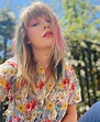 TAYLOR SWIFT – Instagram Photos 05/17/2020 – HawtCelebs