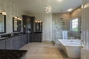 Master Bathroom by Matt Cannan | Swartz Kitchens & Baths