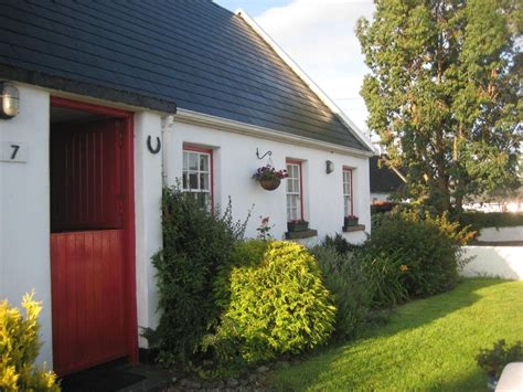 Traditional Irish Cottage In The Heart Of T Homeaway