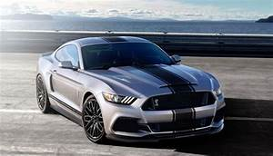 2017 Ford Mustang Shelby GT500 Review, Price, Specs