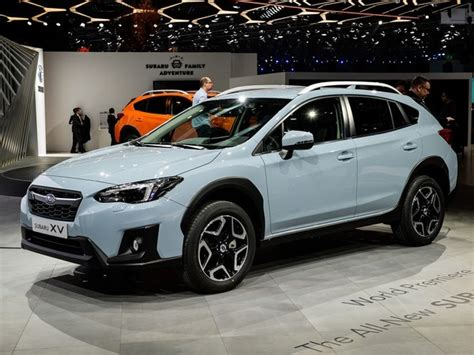 subaru xv crosstrek  geneva debut kelley blue book