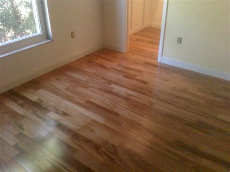 decoration is laminate flooring wood in your livingroom than laminate is which is or wood
