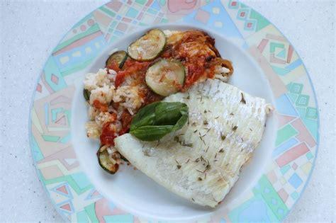 cuisine facile en cuisine facile com filet de lieu en gratin de légumes et riz