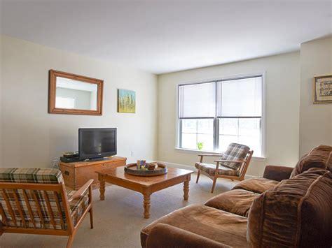 bare bones  vibrant    living room
