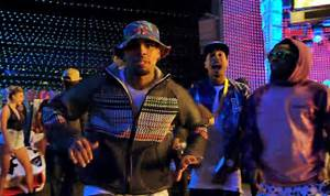Chris Brown - Loyal Ft. Lil Wayne & Tyga - Singersroom.com