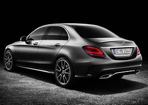 Mercedes Classe C Hybride : nouvelle classe c mercedes introduit deux versions hybrides ~ Maxctalentgroup.com Avis de Voitures