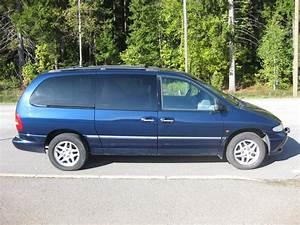 Q3  Chrysler Grand Voyager 2000